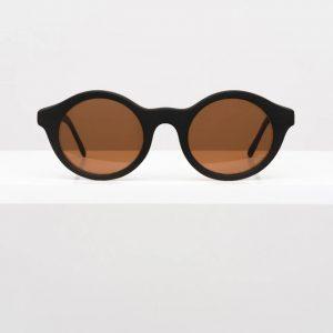 stilingi akiniai nuo saules